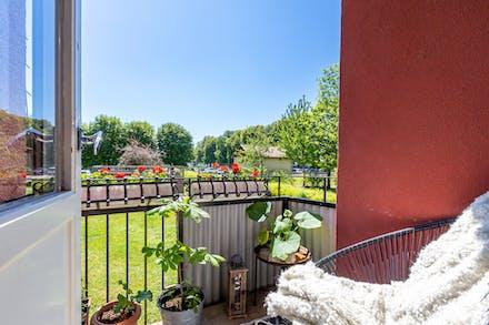 Balkongen mot föreningens trädgård