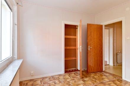 Dörr mot vardagsrummet är numera igensatt