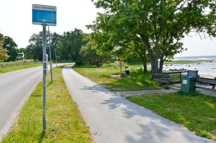 Vill man inte gå eller cykla till stan så kan man ju alltid ta bussen...