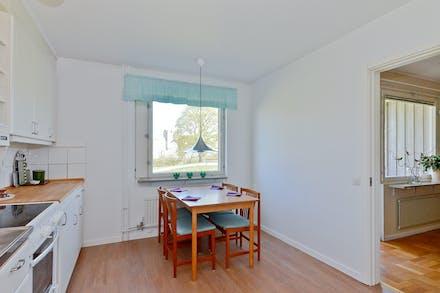 Dörr finns även till vardagsrummet från köket