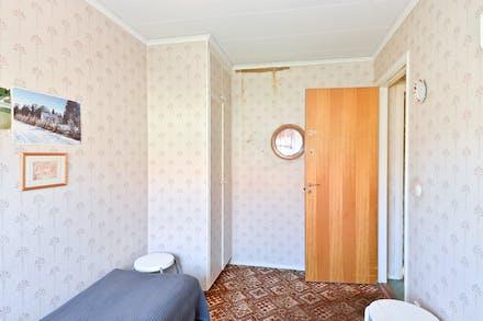 Sovrum 2 har dubbla garderober