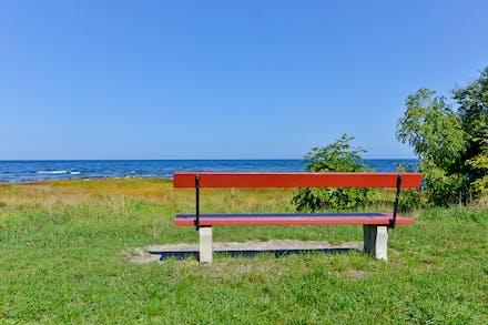 Eller varför inte bara sätta sig ned, filosofera och titta ut över det stora blå...
