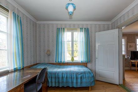 Sovrum 1 på entréplan